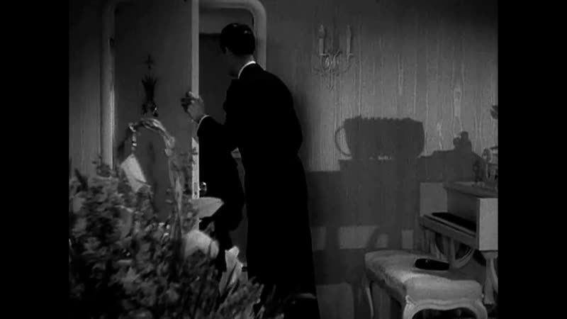 2 The Princess Comes Across Fred MacMurray Carole Lombard 1936