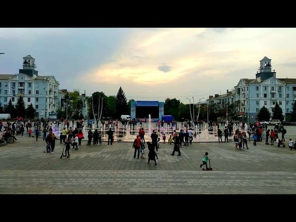 Вместо Ленина фонтан и райские яблочки