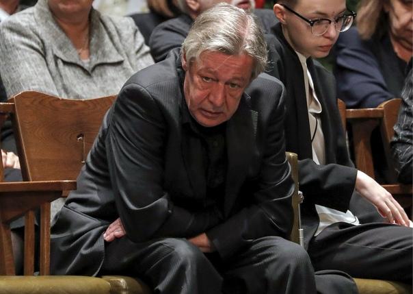 Адвокат семьи Захаровых заявил: «Ефремов получил минимум 3 года сверху за поведение своего защитника»