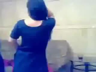 HOT_DESI_GIRLS_Private_Hot_sexy_Mujra_Dance_in_home(360p).mp4