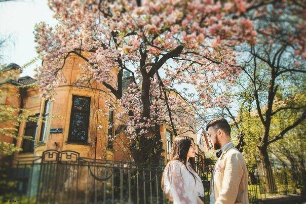 Любовь, пережившая расставание, вознаграждается вечностью.