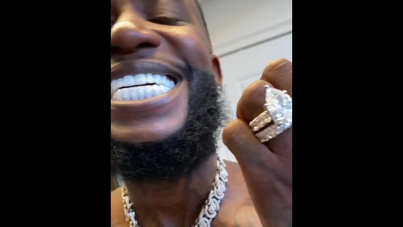 Gucci Mane показал свою улыбку, ценой в $250.000