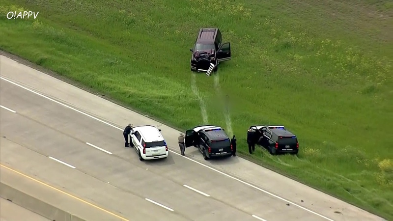 Topless Woman CRASHES Car After Leading Dallas Police In Chase April 1 2020