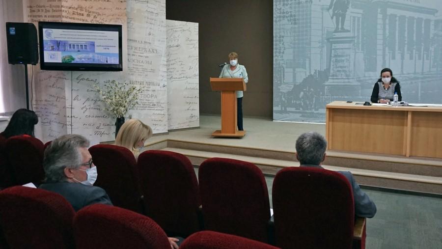 В Таганроге прошло майское заседание Городской Думы