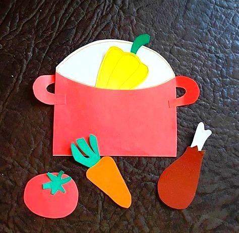 ПОДЕЛКИ ИЗ БУМАГИ ДЛЯ ДЕТЕЙ. Варим обед! Поиграем в повара: вырежем кастрюлю, овощи, мяско и приготовим бумажный