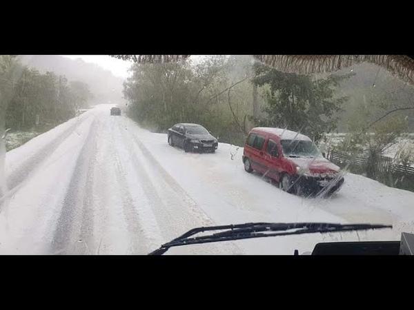 Hailstorm hits Livezile, Alba County, Transylvania, Romania Potop între Livezile si Poiana Aiudului
