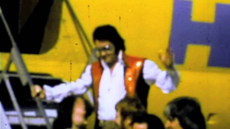Elvis at Fresno Air Terminal 1973