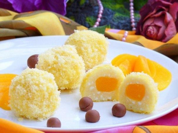 """Творожные """"Солнышки""""  Ингредиенты:  творог - 500 г сахар - 4 ст.л. яйца..."""