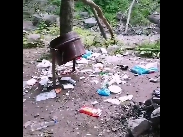 Вы конченные животные Кравцовские водопады превратили в помойку