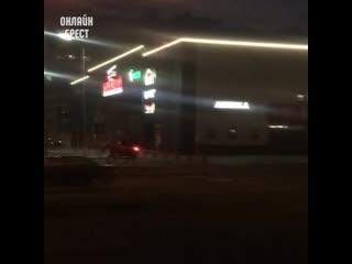 На лошади в магазин :) Видео снято в Бресте.