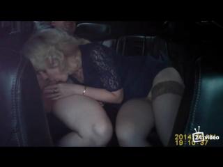 Видеорегистратор зарегистрировал еблю блондинки жены  с любовником в машине. Муж будет рад. Частное.