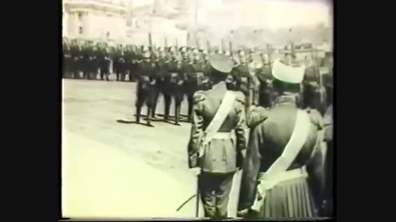 Парад войск в Москве по случаю открытия памятника Александру III в Москве.