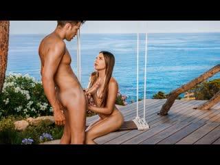 Talia Mint - Happiest Birthday  порно