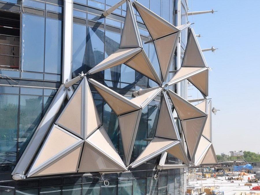 Динамическая солнцезащита башнен Аль-Бахар