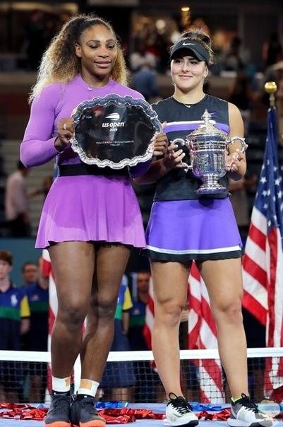 Меган Маркл, Джиджи Хадид, Кара Делевинь c трибун наблюдали поражение Серены Уильямс в финале US Open