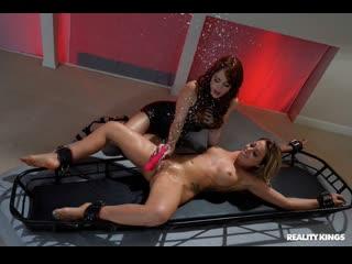 Zoey Monroe, Molly Stewart - Tickling Time Bomb ( г., Lesbian, Sex Toys, Vibrator, Big Tits, Bondage, Fetish, 1080p]