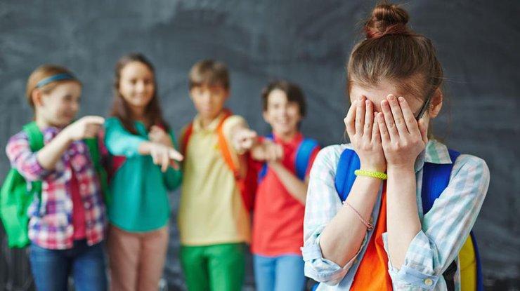 В лобненских школах проведут опрос по проблеме