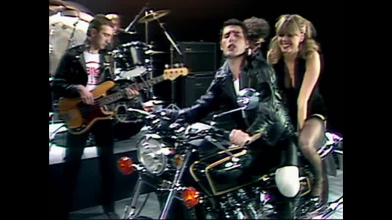 Queen – Crazy Little Thing Called Love – Alternate Camera Angles (High Quality)
