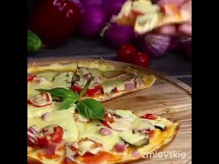 Простая и вкусная пицца на сковороде за пару минут!