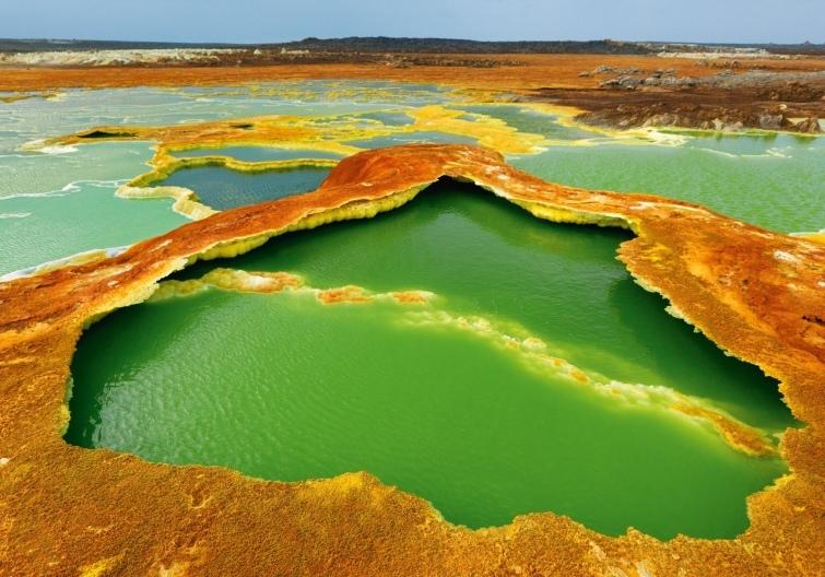 5 жутких уголков планеты, которые стремятся посетить смелые туристы, изображение №4