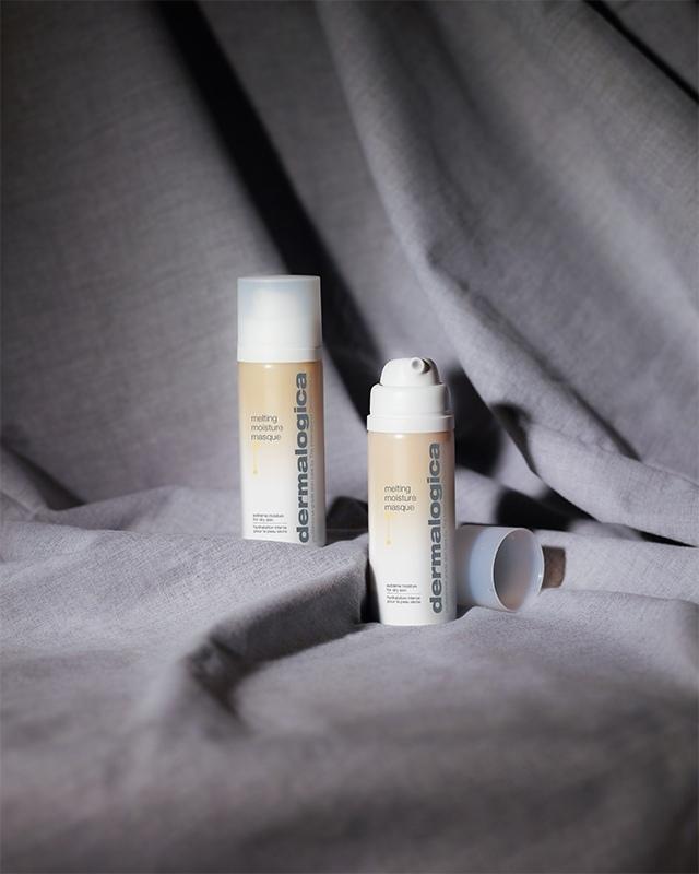 Новая Melting Moisture Masque восстанавливает липидный барьер и защищает кожу от этих повреждающих факторов., изображение №2