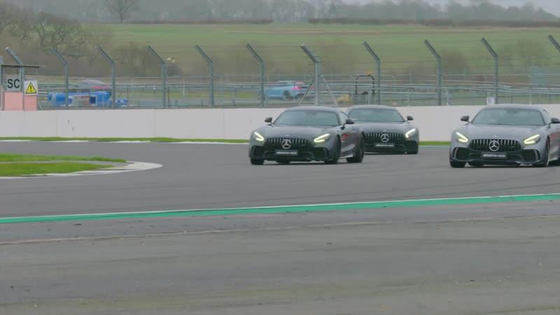 Битва на 3 х Mercedes AMG GTR PRO