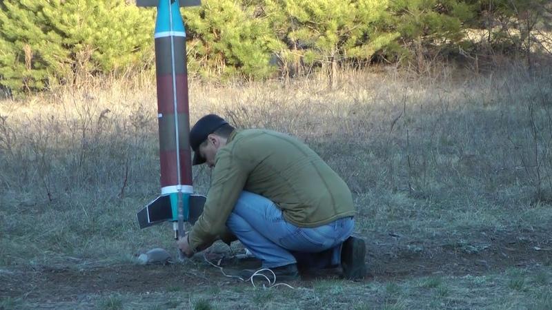 Запуски ракет в котловане АБ (11. 04 .2019)
