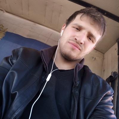 Виктор, 22, Kharabali