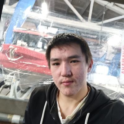 Vaycheslav, 21, Kingisepp