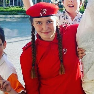 Алина, 26, Volchansk