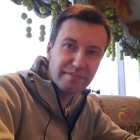 Олег Евстюничев