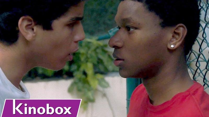 Adolescente se apaixona pelo melhor amigo hétero Filme Gay PELE SUJA MINHA CARNE