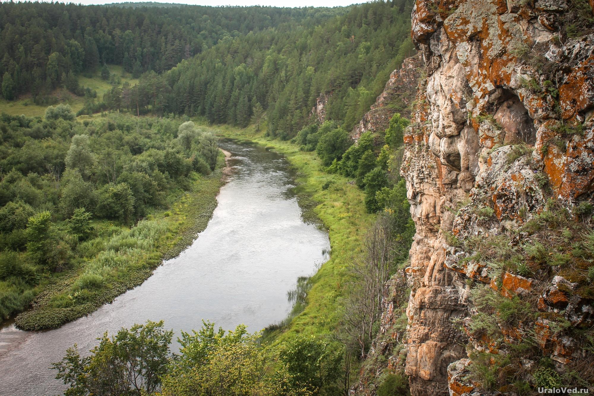 Марьин утёс (Хапов гребень) на реке Катав