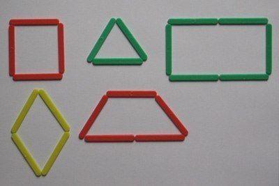 СТРОИМ ФИГУРКИ ИЗ СЧЕТНЫХ ПАЛОЧЕК Счетные палочки это не просто цветные палочки. Еще это отличная развивающая игрушка. С помощью них можно выложить вместе с ребенком разные композиции. Маленьким